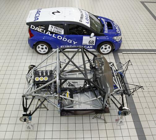 Dacia Unveil MPV Race Car :: News :: Autoviva.com