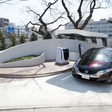 Honda Installs Solar-Powered Hydrogen Station at Its Japanese Office