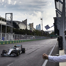 Rosberg returns to victories in Baku