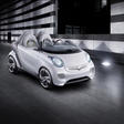 Smart previews new fortwo and forfour