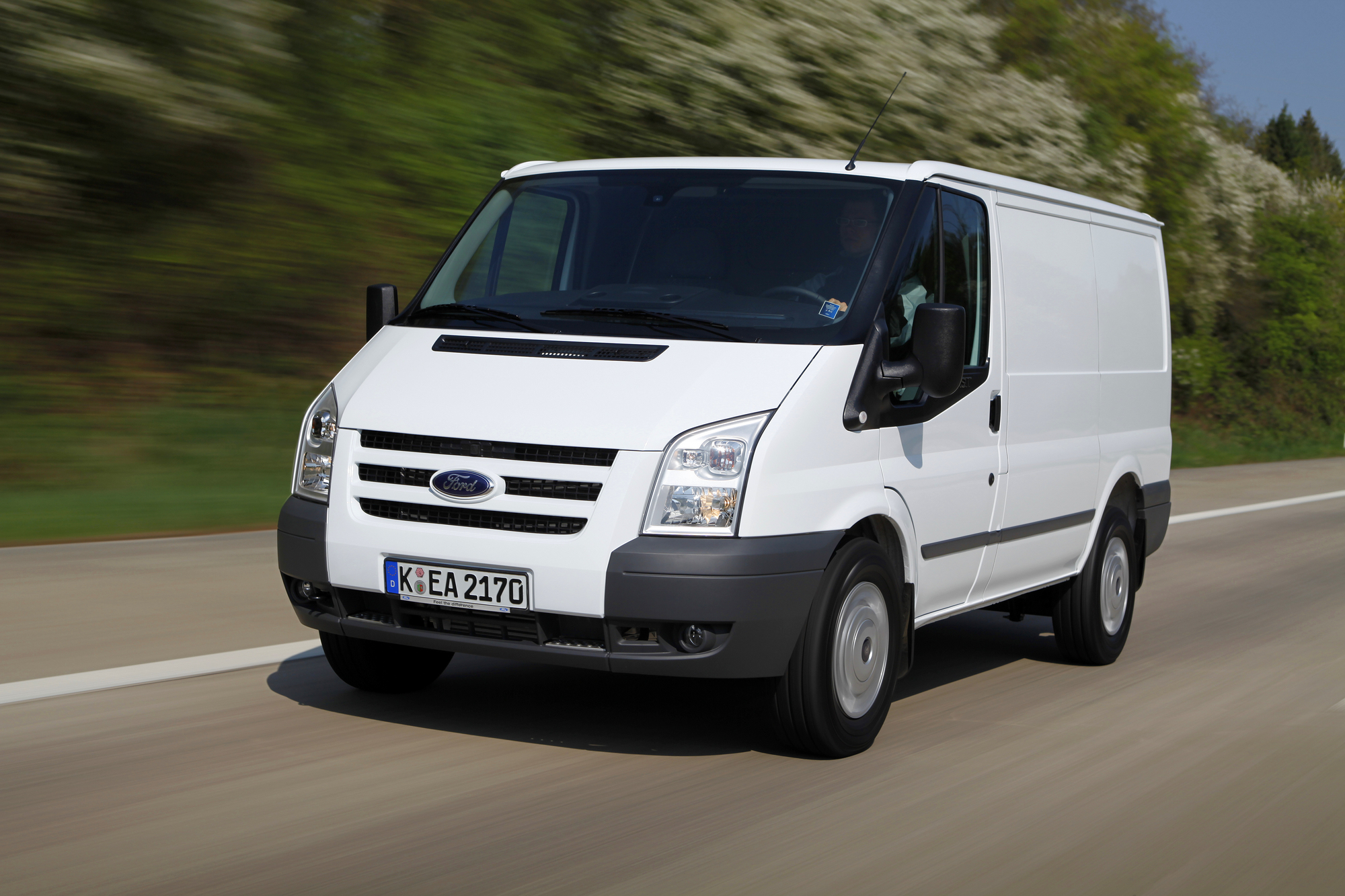 ford transit kombi ft 300l 2 2 tdci slideshow. Black Bedroom Furniture Sets. Home Design Ideas