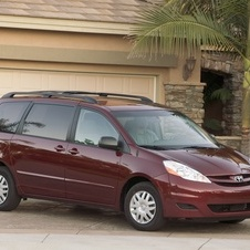 Toyota Sienna LE FWD with 8 Passenger Seating