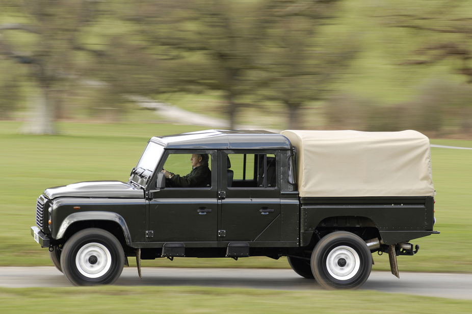 Land Rover 90 Defender Soft Top Black Le 1 Photo And 49