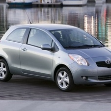 Toyota Yaris Liftback (US) Automatic