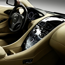 Consola central do novo Aston Martin Vanquish