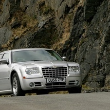 Chrysler 300C Touring 3.0 CRD V6