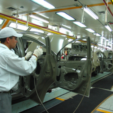 Nissan Investing in Mexico with $2 Billion Factory Expansion