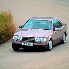 Mercedes-Benz E 220 AT Coupé