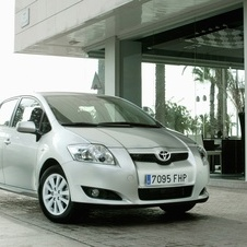 Toyota Auris 1.4 D-4D MM Sol
