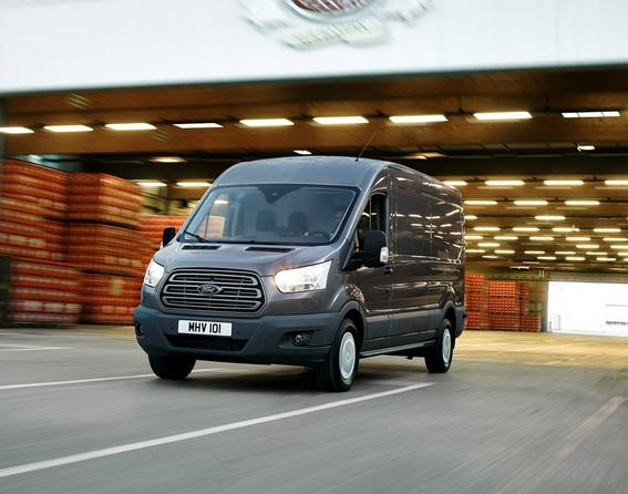 Ford Transit Chassis Cabina Dupla Trend 350 L5 2.0 TDCi H1 Tr. Traseira
