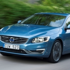 Volvo S60 D5 Summum Powershift