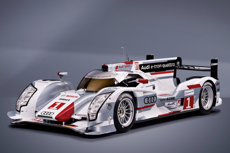 audi r18 e tron quattro an all wheel drive diesel hybrid for le mans news. Black Bedroom Furniture Sets. Home Design Ideas