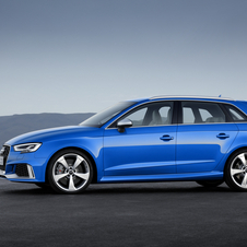 RS3 Sportback sprints from 0 to 100km/h in 4.1 seconds