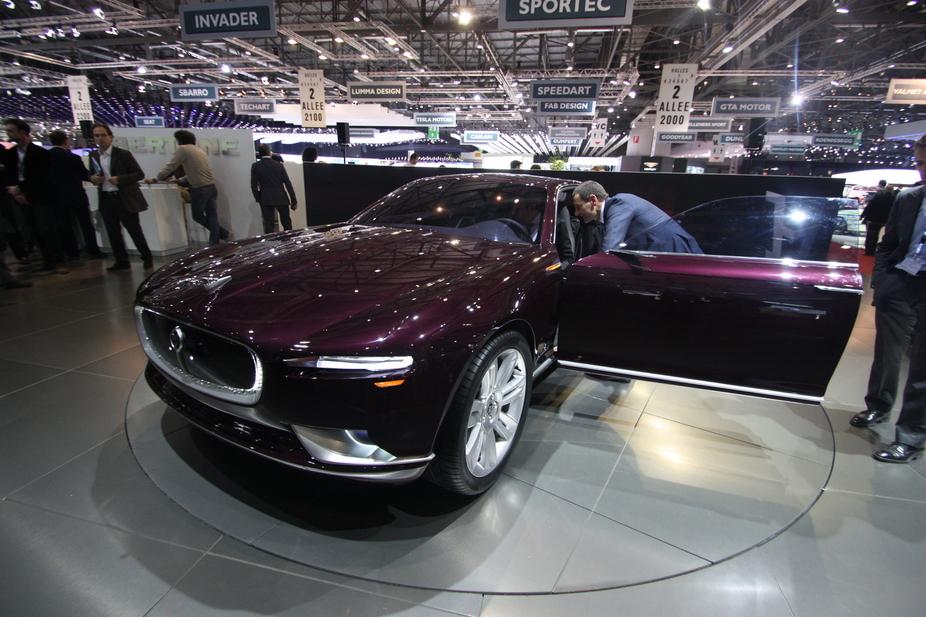 Bertone Presents Jaguar B99 Concept At Geneva News Autoviva