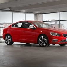 Volvo S60 D2 R-Design Momentum Powershift
