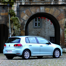 Volkswagen Golf 2.0I TDI 140hp DPF BlueMotion Edition DSG