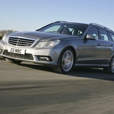 Mercedes-Benz E 500 BlueEfficiency T-Modell Elegance 4Matic 7G-Tronic