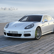 Porsche simplified the Panamera's styling for the second generation