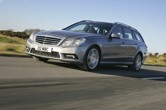 Mercedes-Benz E 500 BlueEfficiency T-Modell Avantgarde 4Matic 7G-Tronic