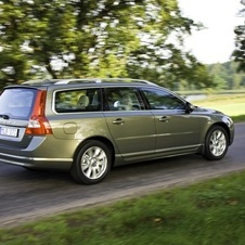 Volvo V70 2.5T Momentum Geartronic