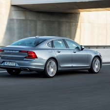 Volvo S90 D4 Momentum Connect Geartronic