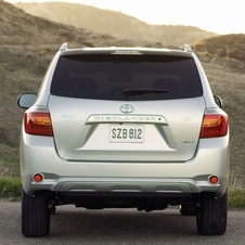Toyota Highlander Base 4X2 V6