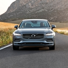 Volvo S90 D5 AWD Momentum Connect Geartronic