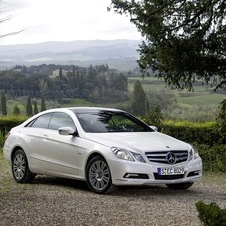 Mercedes-Benz E 350 CGI BlueEFFICIENCY Coupé