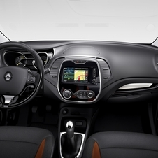 The interior has Renault's new R-Link infotainment system