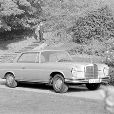 Mercedes-Benz 280 SE Coupe