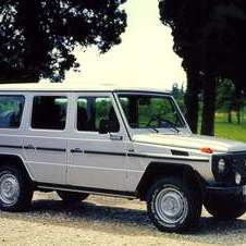 Mercedes-Benz G 300 Turbodiesel Lang Station Wagon