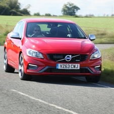Volvo S60 T6 R-Design Summum Geartronic