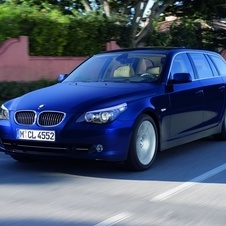 BMW 530d Touring Auto Executive (E61)