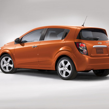 Chevrolet Sonic 1.8 LS Automatic