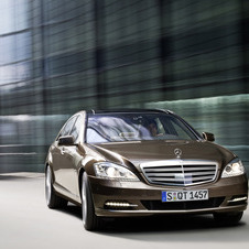 Mercedes-Benz S 500 Auto 4 Matic (FL)