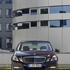 Mercedes-Benz E 350 BlueEfficiency Elegance 4Matic 7G-Tronic