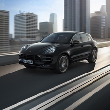 The third generation Cayenne will have a clamshell hood like the Macan