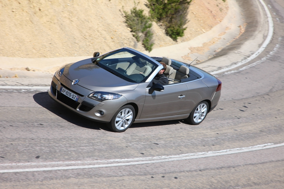 Renault Megane Coupé-Cabriolet 1.6 16V 110 Expression :: 1 photo and ...