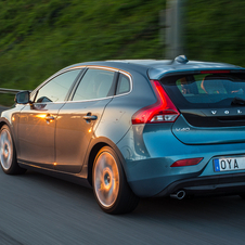 Volvo V40 D4 Momentum Geartronic