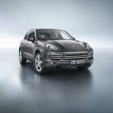 The second generation Cayenne was introduced in 2010 and will be replaced in 2017