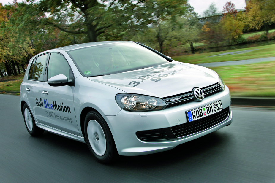 volkswagen golf vi tdi dpf trendline bluemotion 1 photo and 56 specs. Black Bedroom Furniture Sets. Home Design Ideas