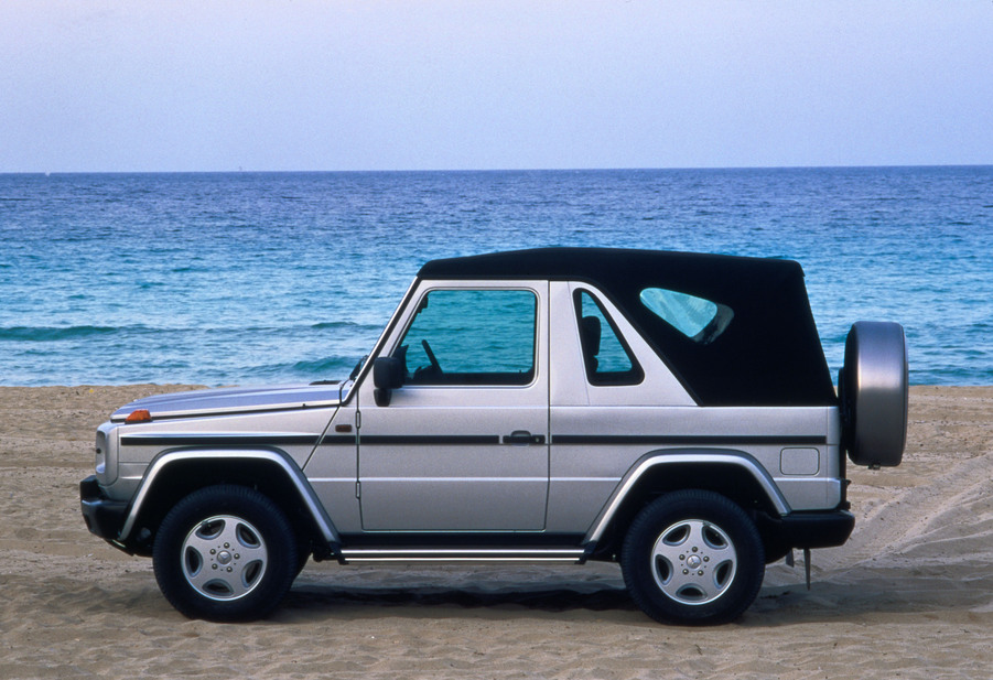 mercedes benz g 300 turbodiesel cabrio 1 photo and 49 specs. Black Bedroom Furniture Sets. Home Design Ideas