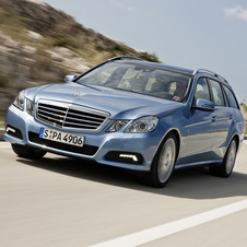 Mercedes-Benz E 200 CGI Station BlueEfficiency Auto