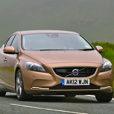 Volvo V40 D4 Summum Geartronic
