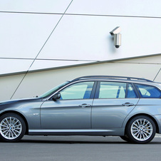 BMW 335d Touring Edition Lifestyle Automatic