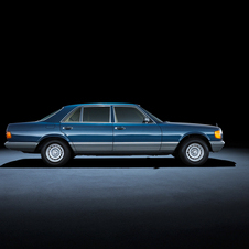 Mercedes-Benz S-Class 126 series (1979 to 1991)