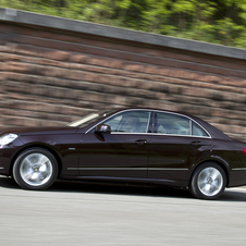 Mercedes-Benz E 250 BlueEfficiency Elegance 7G-Tronic