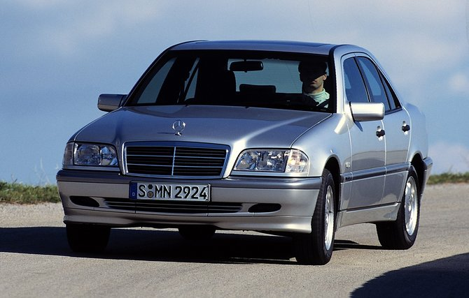 Mercedes-Benz C 200 Diesel AT