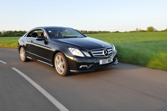 Mercedes-Benz E 500 BlueEfficiency Coupé Avantgarde 7G-Tronic