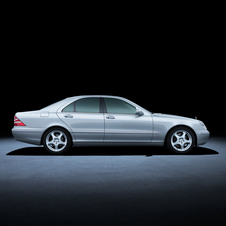 Mercedes-Benz S-Class 220 series (1998 to 2005)